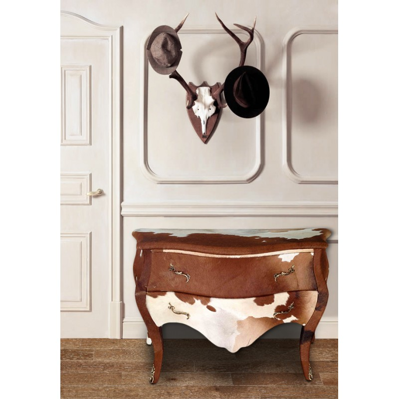 commode baroque de style louis xv vrai peau de vache. Black Bedroom Furniture Sets. Home Design Ideas