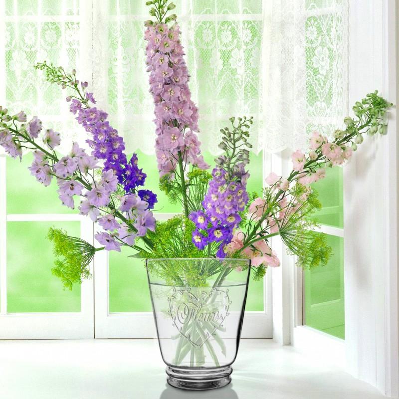 Vase avec d cor en forme de coeur en verre souffl fleurs for Decoration vase en verre