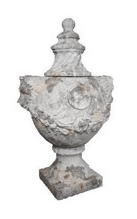 """Grand vase """"aux têtes de lion"""" en terre cuite avec couvercle"""