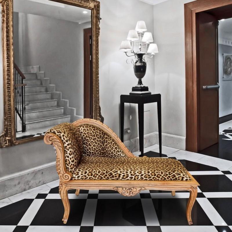 m ridienne de style louis xv tissu l opard et bois naturel. Black Bedroom Furniture Sets. Home Design Ideas
