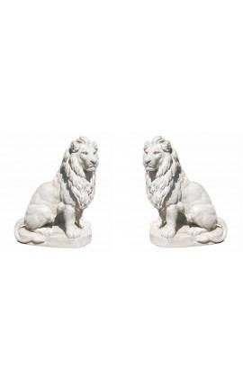 Sculpture d'une paire de lions grande taille en pierre