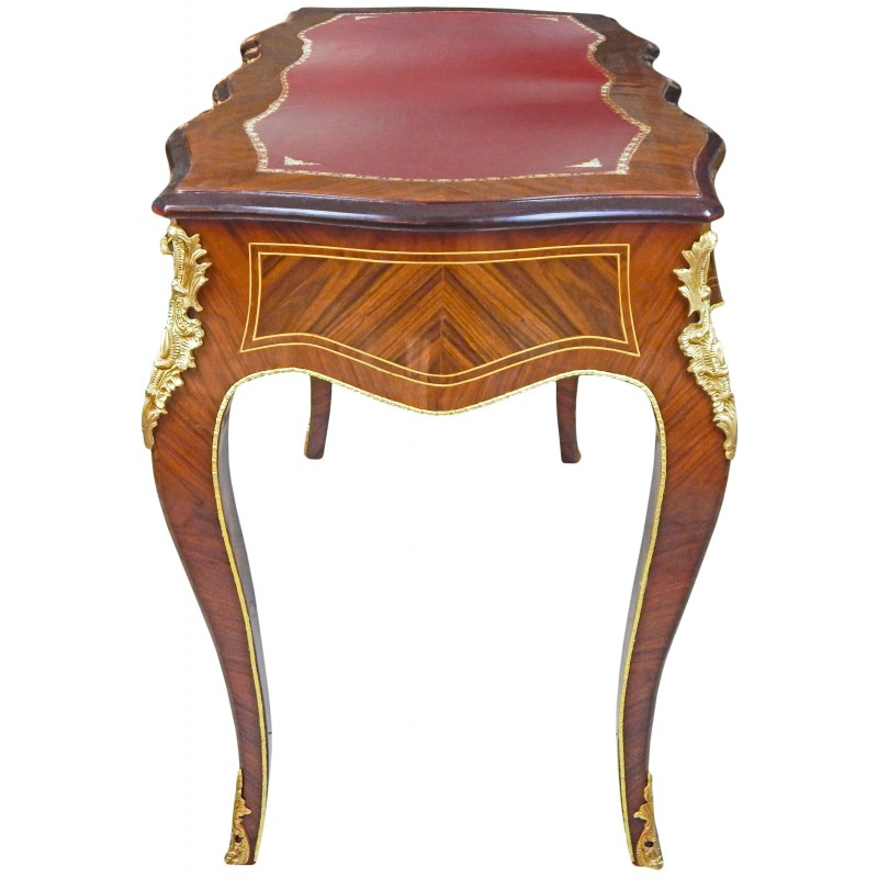 bureau de style louis xv 3 tiroirs avec marqueterie sous main rouge. Black Bedroom Furniture Sets. Home Design Ideas