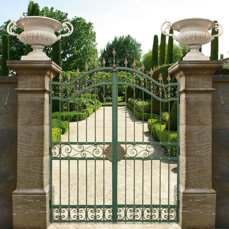 Portail de ch teau baroque en fer forg avec deux vantaux 2m for Portail jardin fer forge