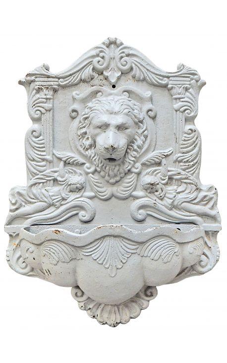 голова льва фонтан, отлитый белый