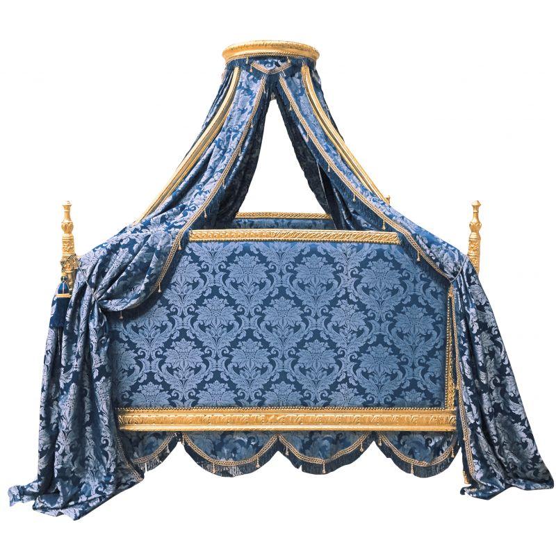 lit baroque royal baldaquin tissu goblins bleu et bois. Black Bedroom Furniture Sets. Home Design Ideas