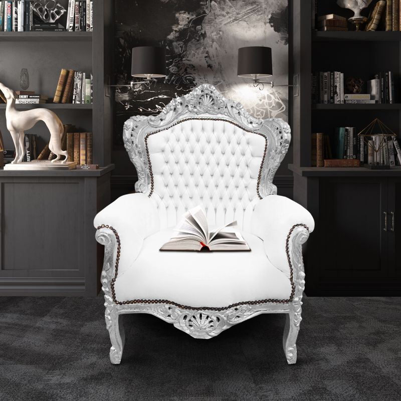 grand fauteuil de style baroque tissu simili cuir blanc et bois argent. Black Bedroom Furniture Sets. Home Design Ideas