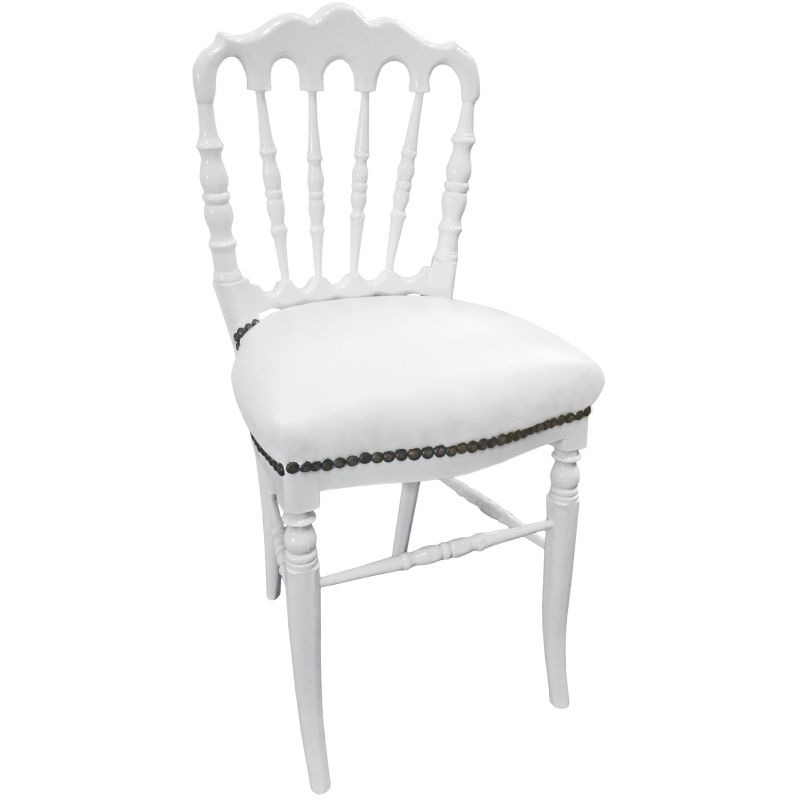 Chaise de style napol on iii simili cuir blanc et bois blanc for Chaise cuir bois