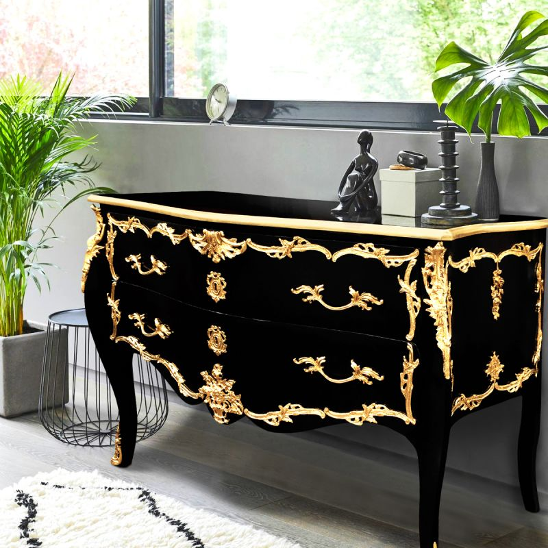 grande commode baroque de style louis xv noire avec bronzes dor s. Black Bedroom Furniture Sets. Home Design Ideas