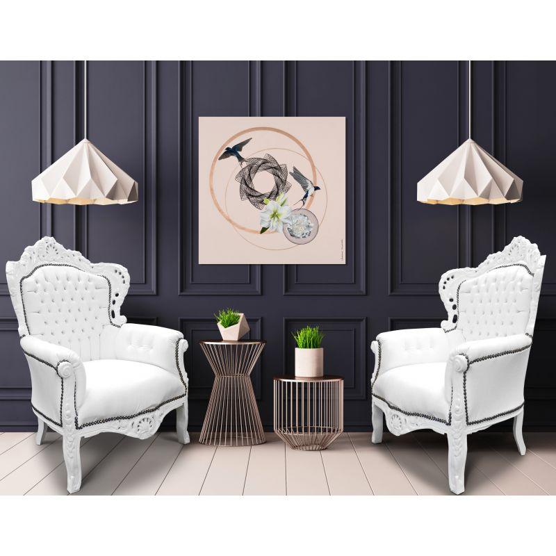 Grand fauteuil de style baroque simili cuir blanc et bois blanc