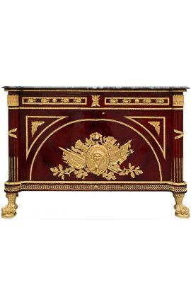 Enorme commode buffet de style Empire avec bronzes dorés et marbre noir