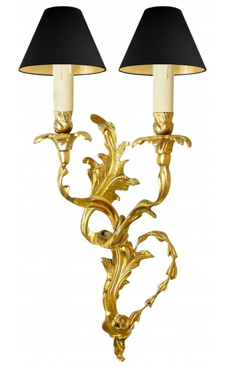 Wall lamp with bronze scrolls acanthus