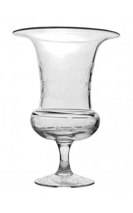 Vase médicis en verre soufflé et taillé à la main